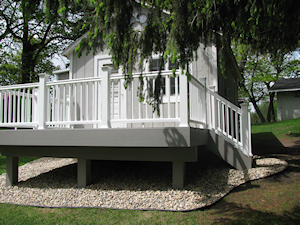 Paul and Kim Pearson Deck by Charles Construction